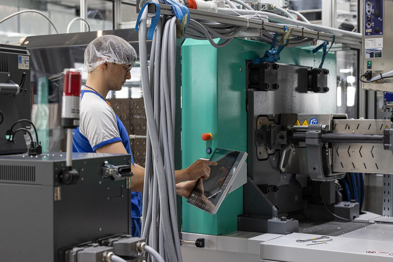 silac_modernste_kunststoff_produktions_technologie_2-1280x854.jpg